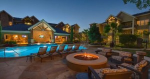 Apartments Woodlands TX Fire Pit