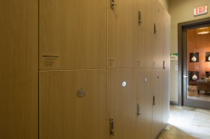 Apartments Woodlands TX WoodlandsLodge Onsite Lockers for MW Cleaners