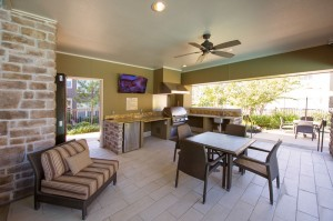 Apartments Woodlands TX WoodlandsLodge Outdoor Entertaining