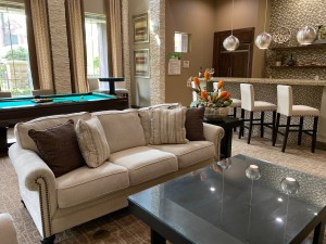 One Bedroom Apartments for Rent in The Woodlands, TX - Clubhouse Interior Seating Area